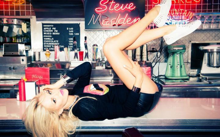 Shea Marie X Steve Madden - Peace Love Shea