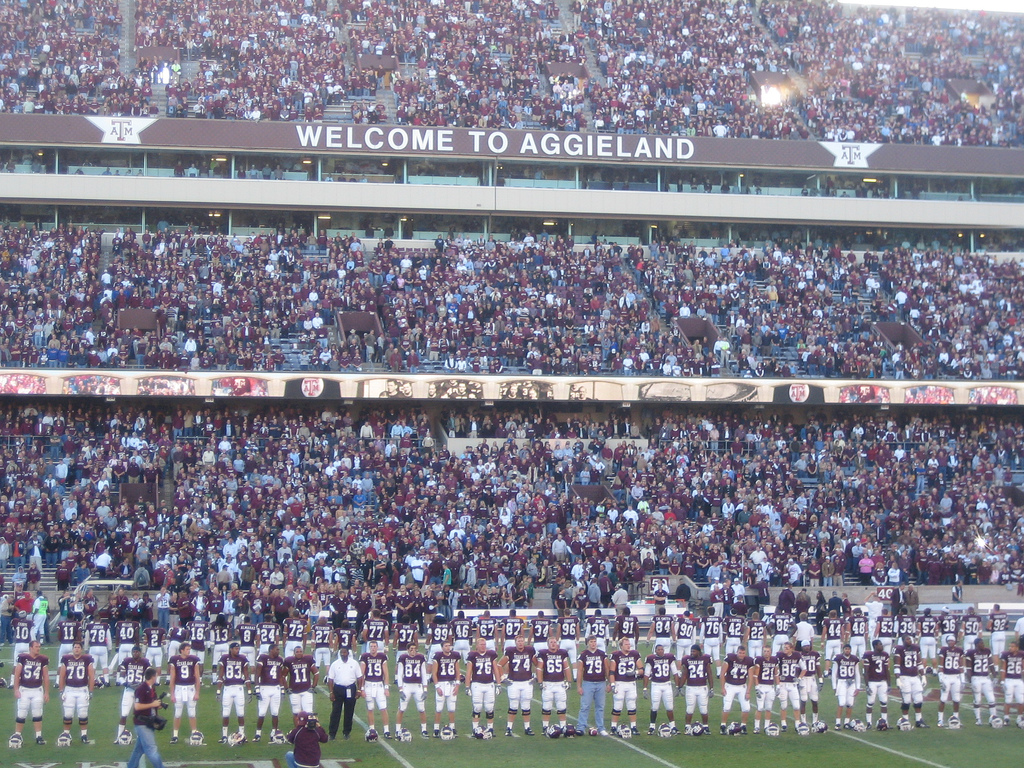 Kansas @ Texas A&M, Kyle Field, College Station, Texas 27/10/2007 Attendance 85,341 [Flickr, Gary Denham]