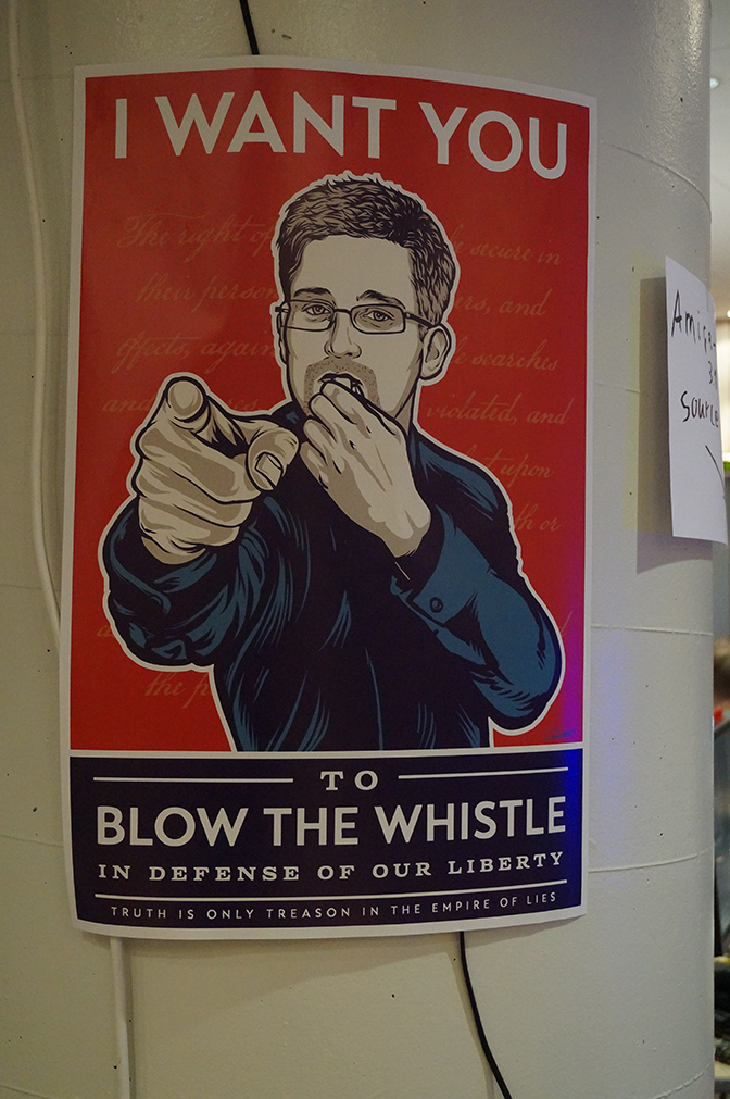 Ed_Snowden_Whistle_Blow_Liberty