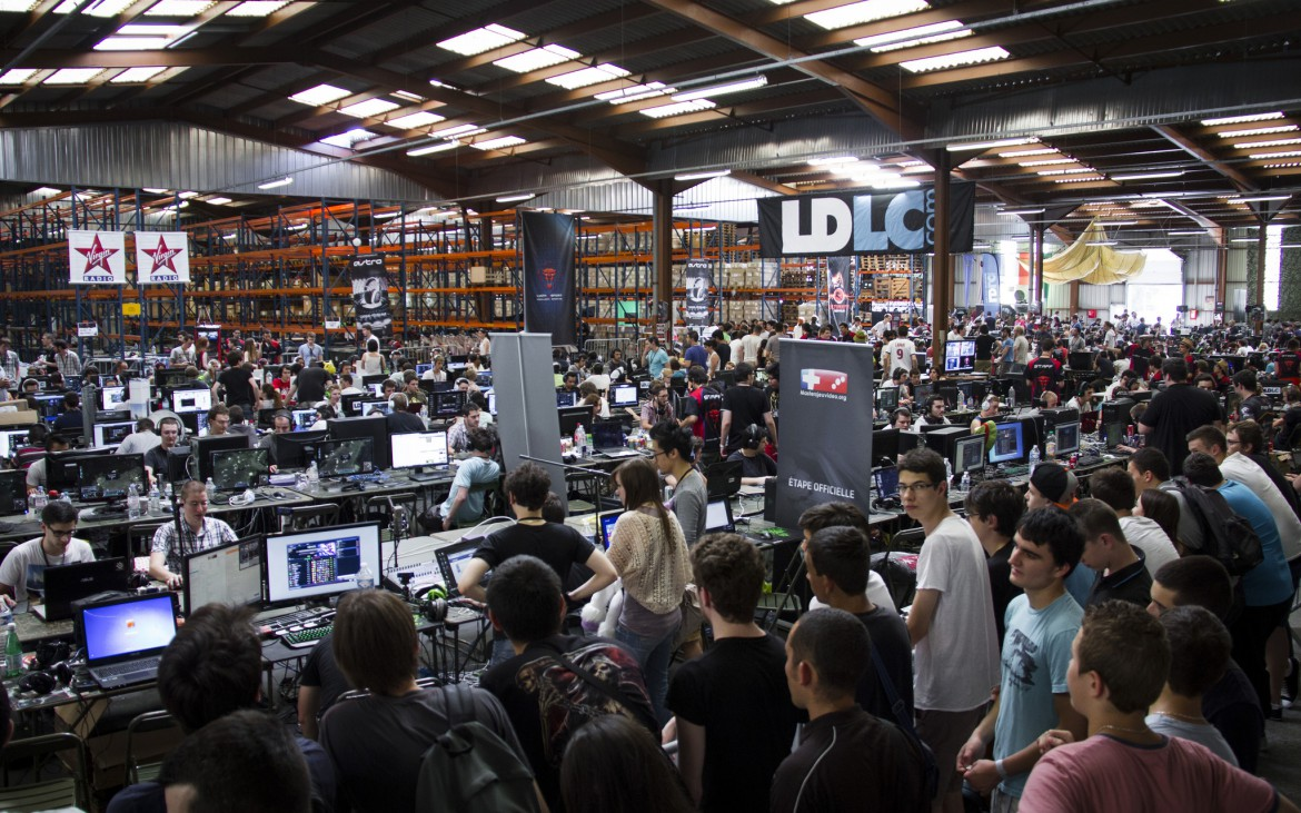 Crowd at E-sport events