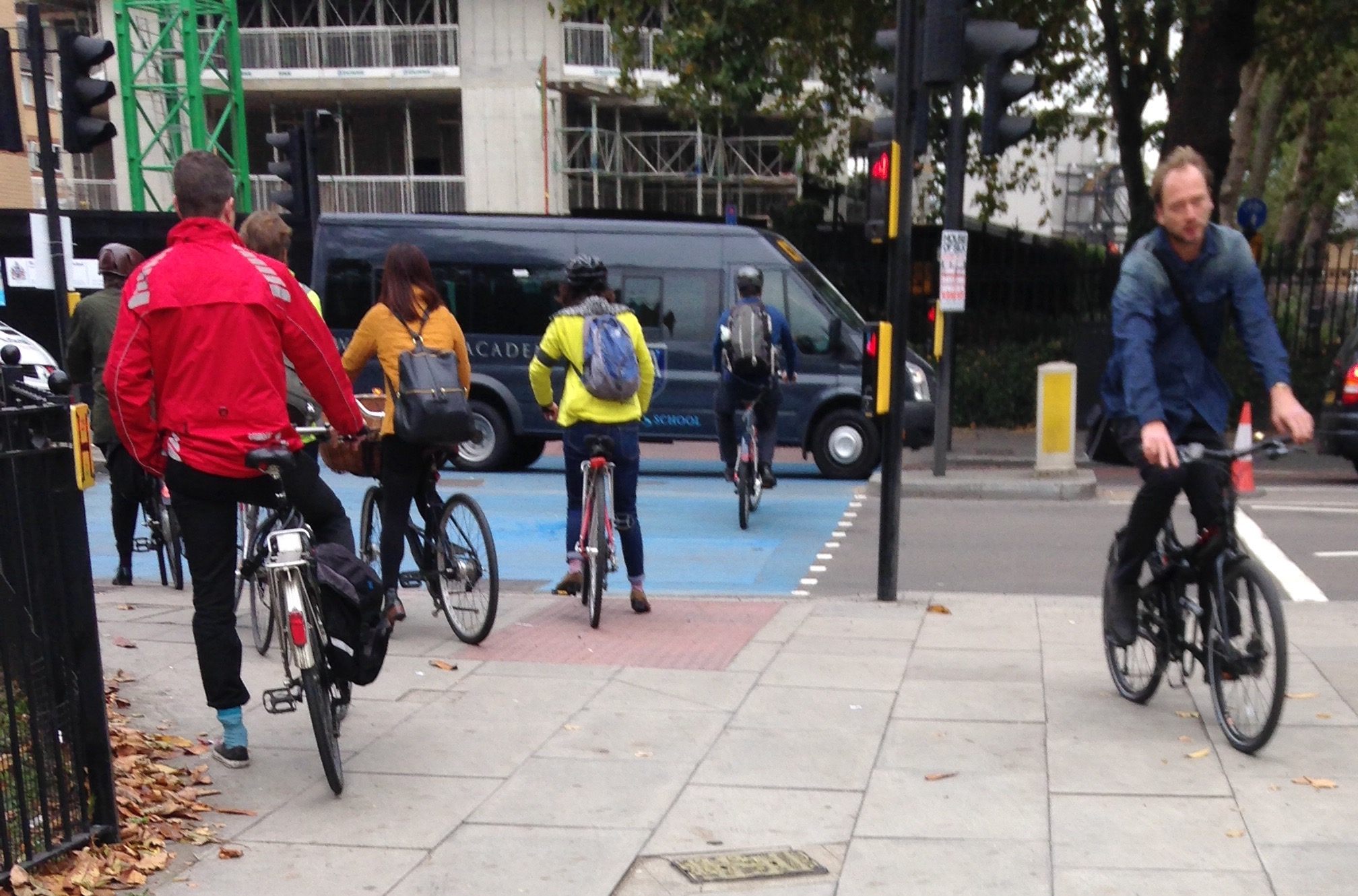 cyclist jumping trafic lights