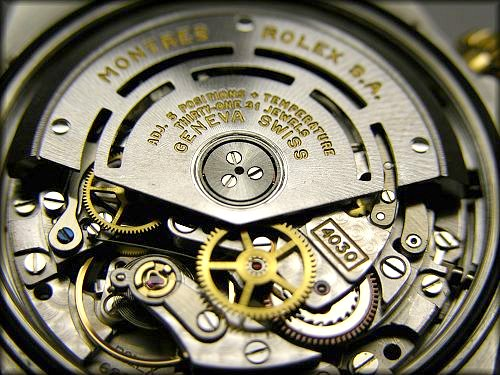 The detailed inside of a Rolex Daytona Cosmograph 1652/3 photo by Charlie J via Flickr
