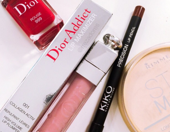 Instagram photo of beauty products by Rrez Adores • May 11, 2015