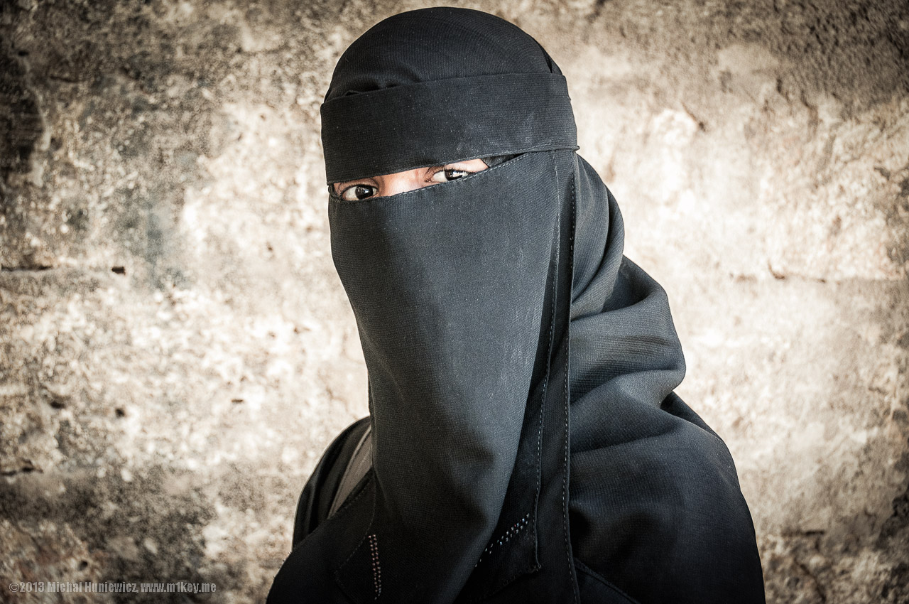 A woman wearing a burqa in Mombasa.