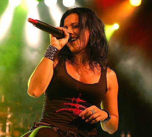 Cristina Scabbia singing on stage