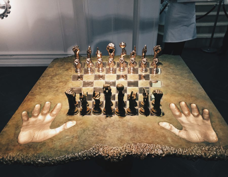 Chess Set Lorenzo Quinn
