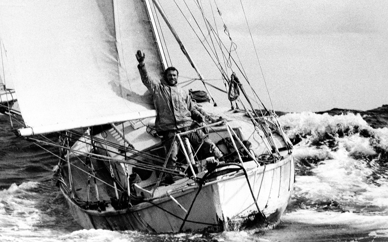 Picture for Vendee Globe sailing Everest.