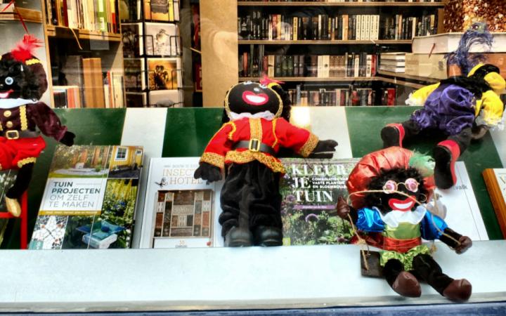 Zwarte Piet Puppets