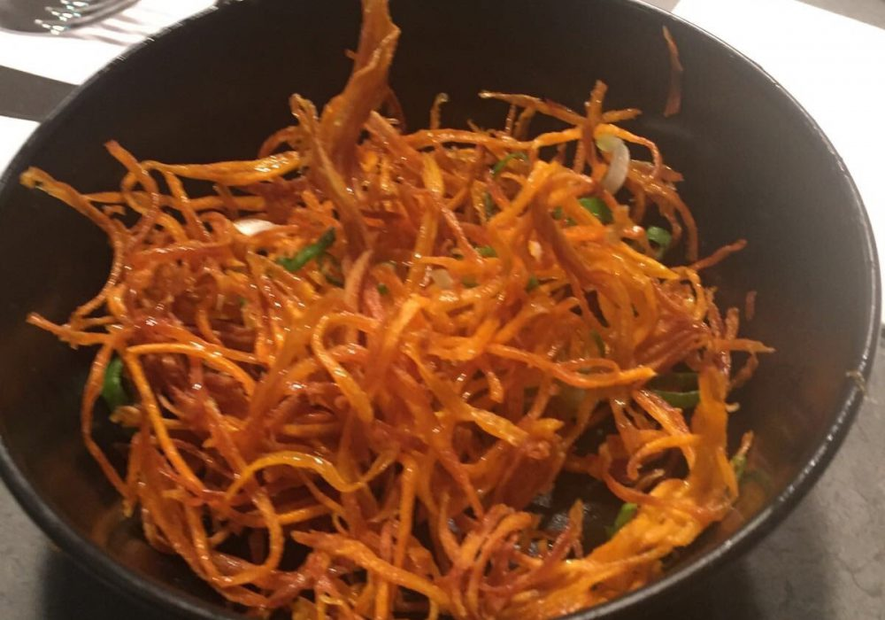 Birds nest caramelised sweet potato fries