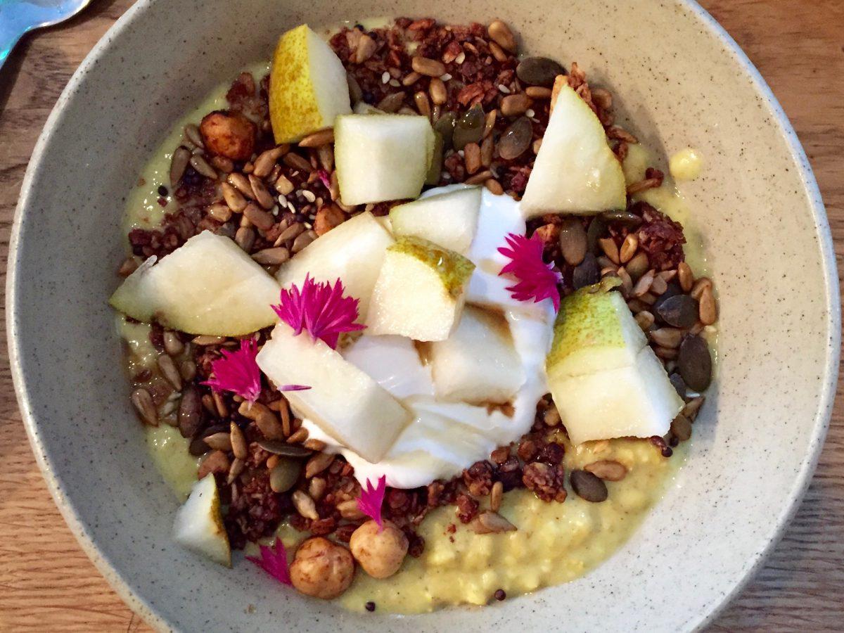 pear-porridge-coconut-yogurt