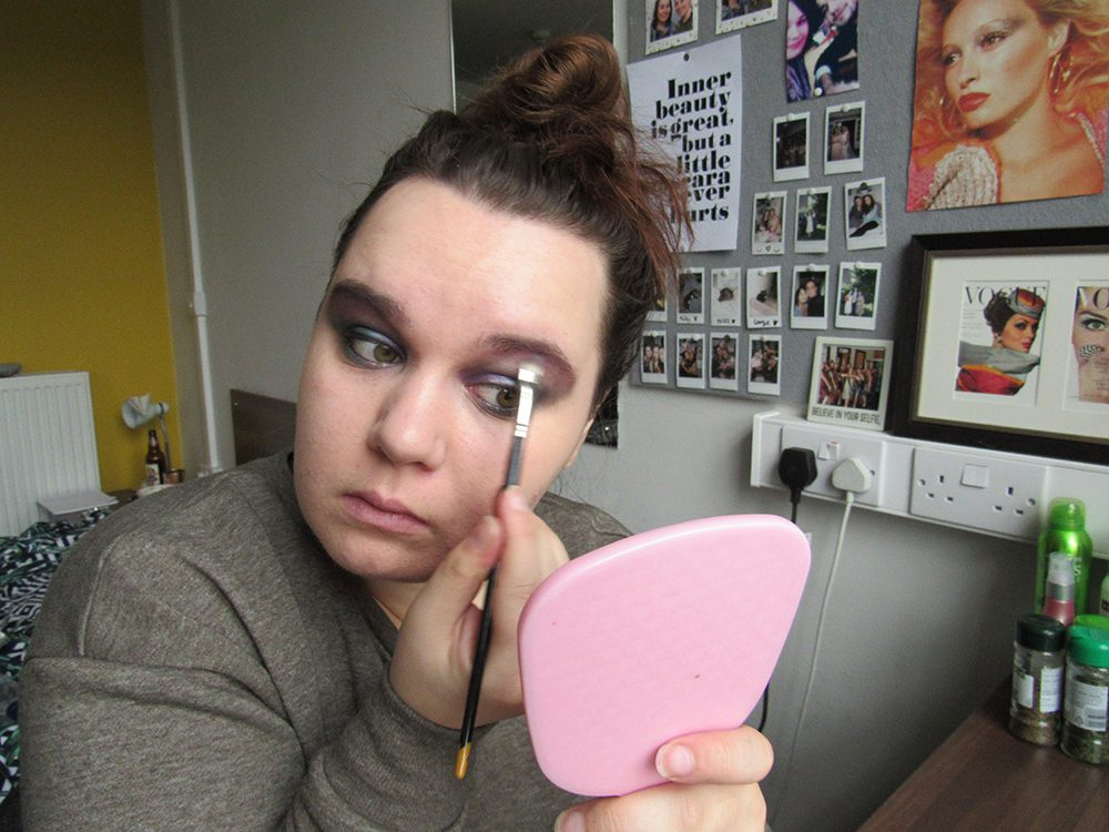 Girl does her makeup