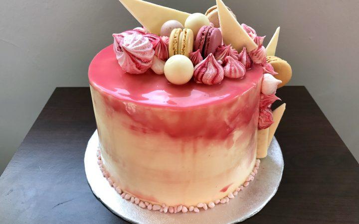 Vanilla and raspberry jam cake