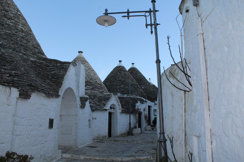 Trulli in Alberobello Puglia [credits: Valentina Curci]