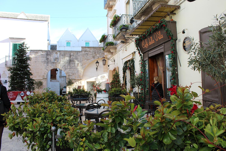 Cafe in a Locorotondo piazza, puglia