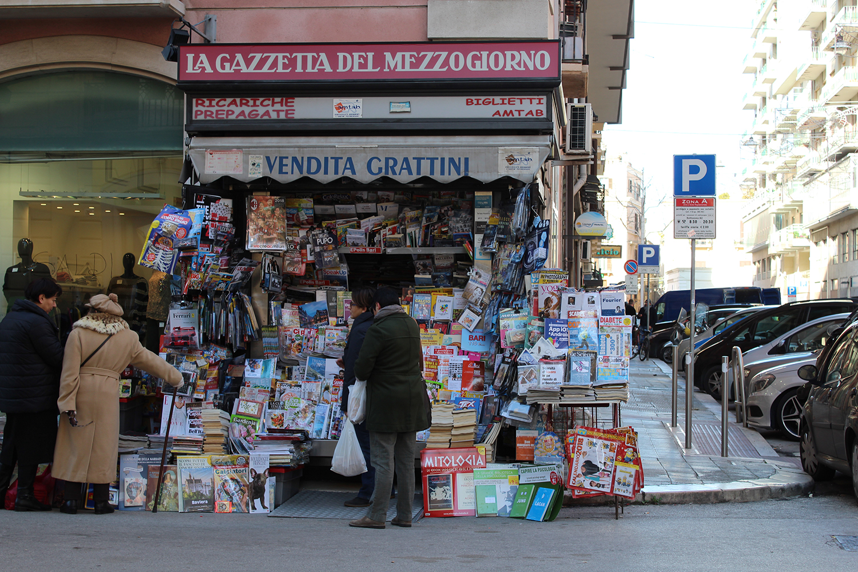 Newsagent, Bari, Puglia