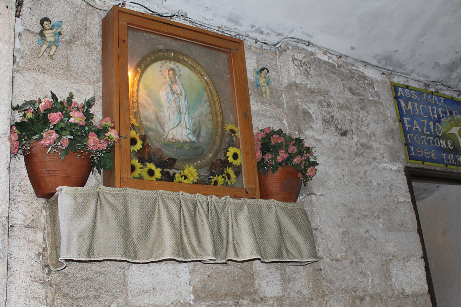 Small Altar for the madonna in Bari, puglia
