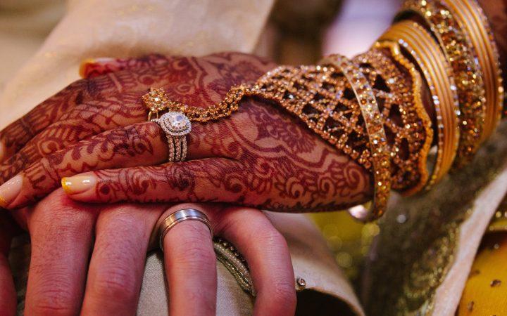 wedding hand holding