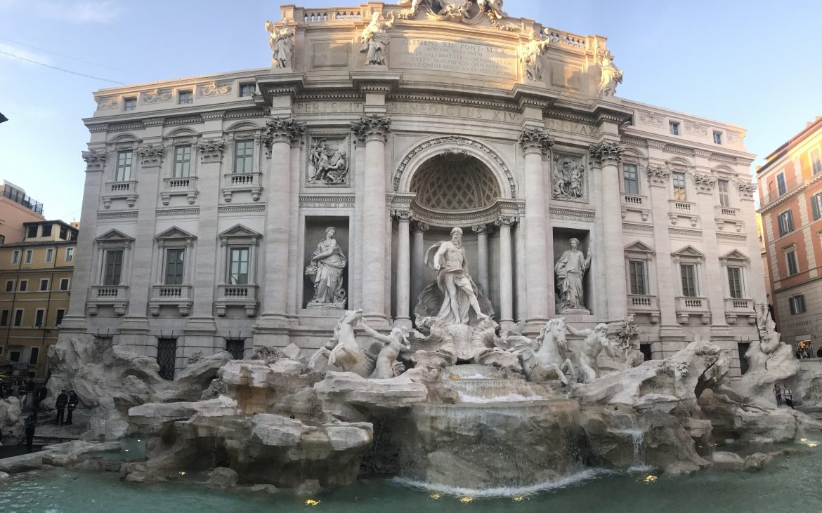 Photograph of the Trevi Fountain