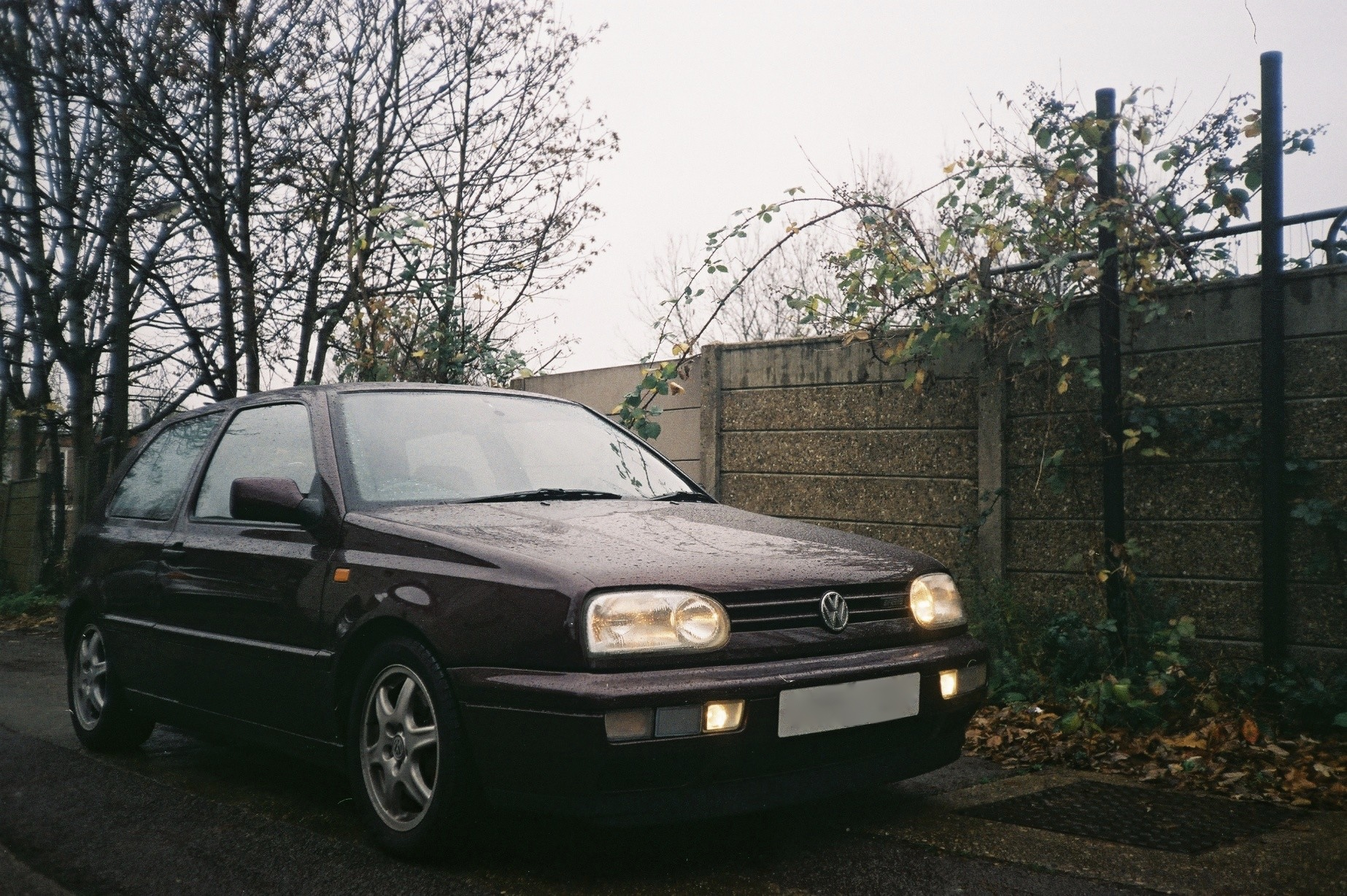 Golf Mk3 in Mulberry.
