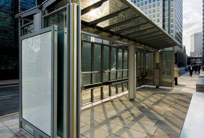 Canary-Wharf-Solar-Powered-Bus-Shelter
