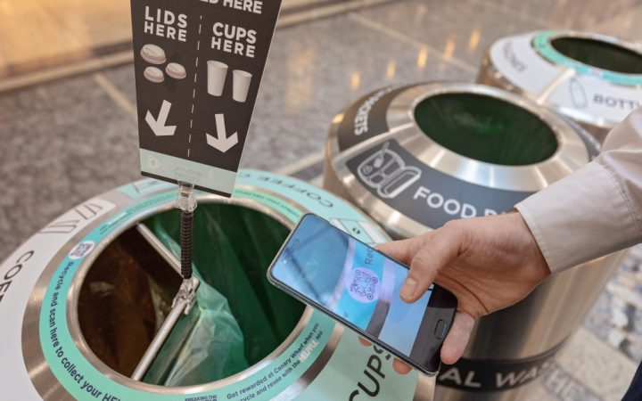 Compartmentalised bins to recycle coffee cup and earn HELPFUL coins