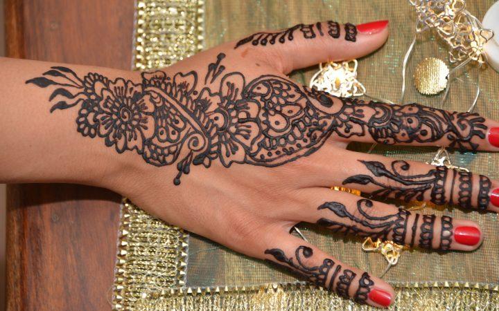 henna [Maha Khan]