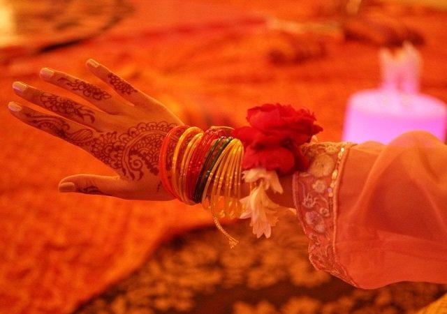 henna on hand [Maha Khan]