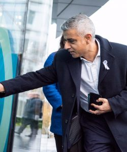 Sadiq Khan donates at a TAP London poin