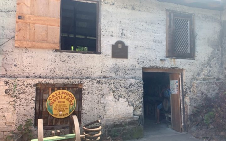 The outside of the Callwood Rum Distillery in the British Virgin Islands
