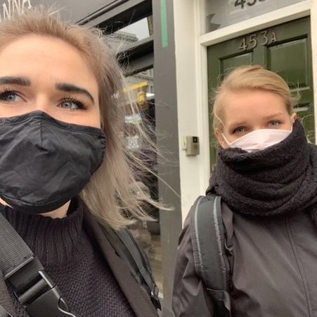 Students wearing coronavirus masks