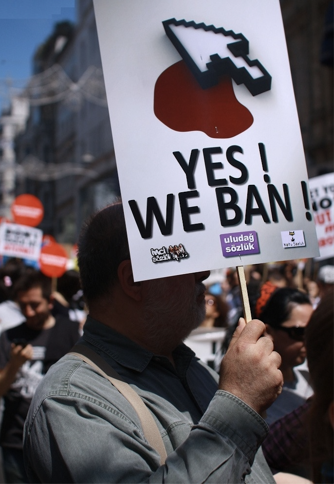Turkey internet ban protest 2011. Photograph by Erdem Civelek